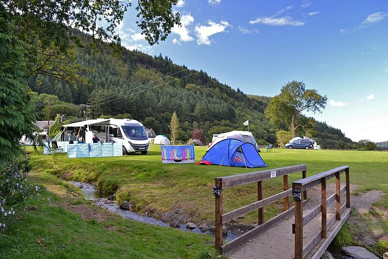 Snowdonia : Campsite in Betws-y-Coed by the river